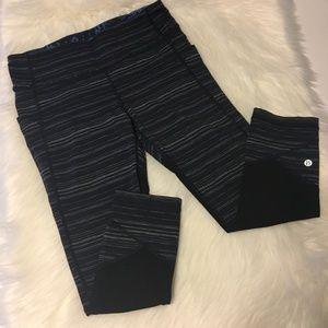 Lululemon Black/navy Crop Pants Size 8